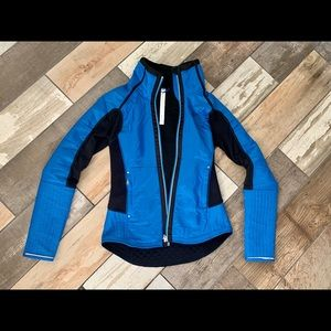 Lululemon Run Bundle Up size 4 jacket